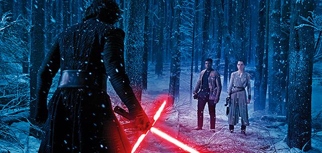 Finn şi Rey îl întâlnesc pe Kylo Ren