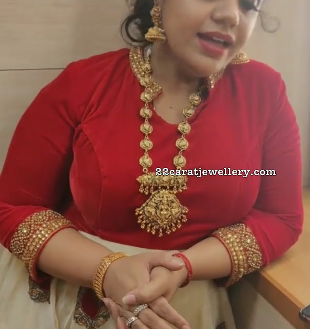 Saindhavi Nakshi Lakshmi Long Chain