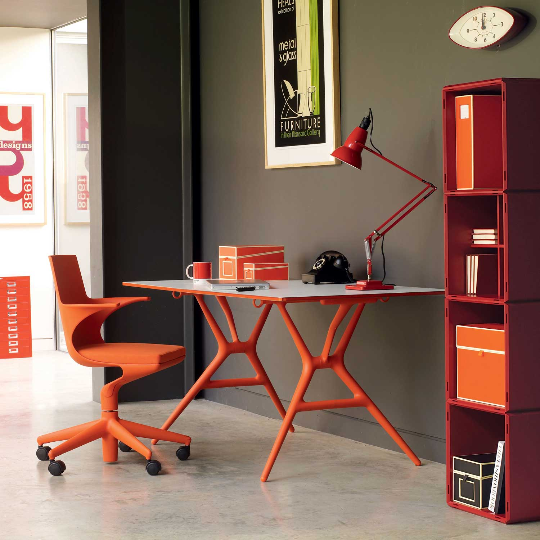 Kartell spoon modern office table