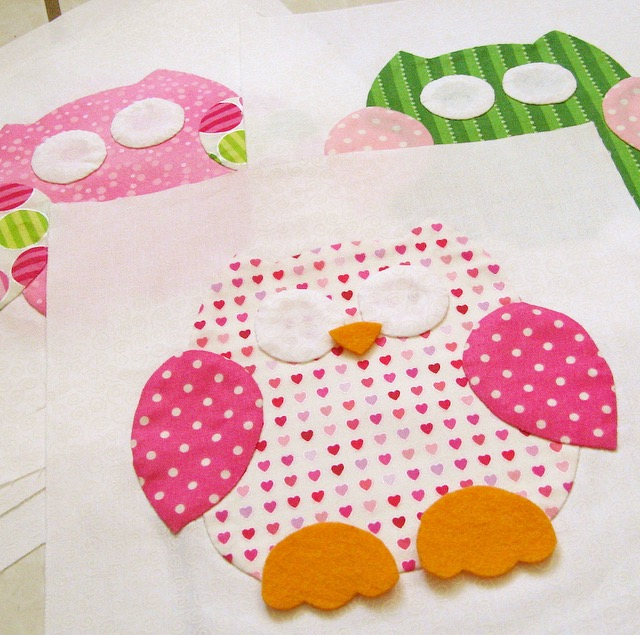 Preppy, pink and green owl quilt in progress