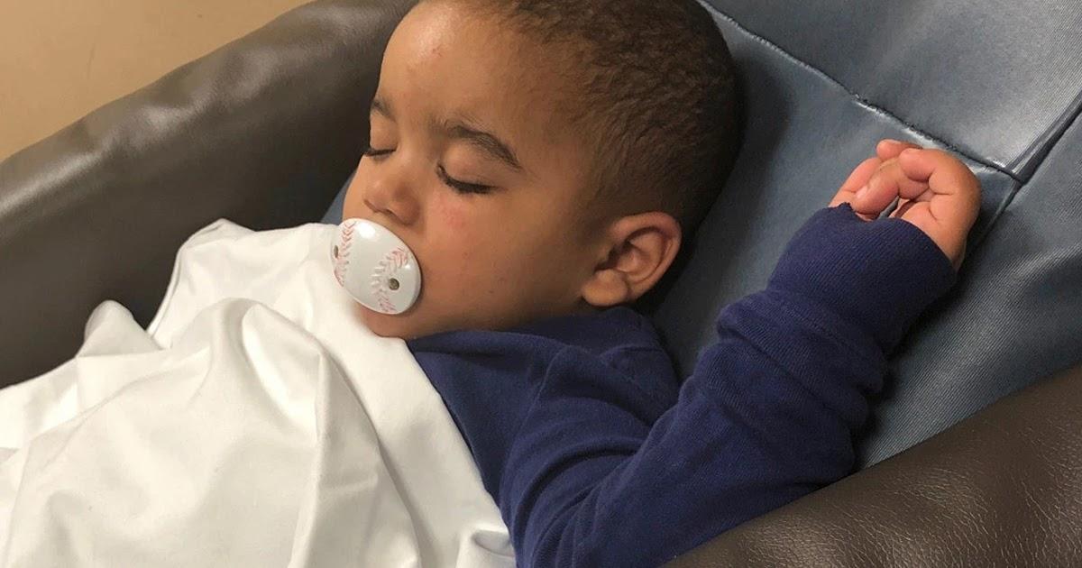 Un niño de origen dominicano rescatado en gélida temperatura después de salir en pañal de apartamento