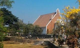 Makam Katolik Semangkak Klaten