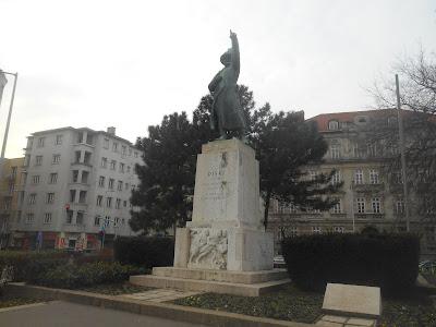 statua seksu gejowskiego