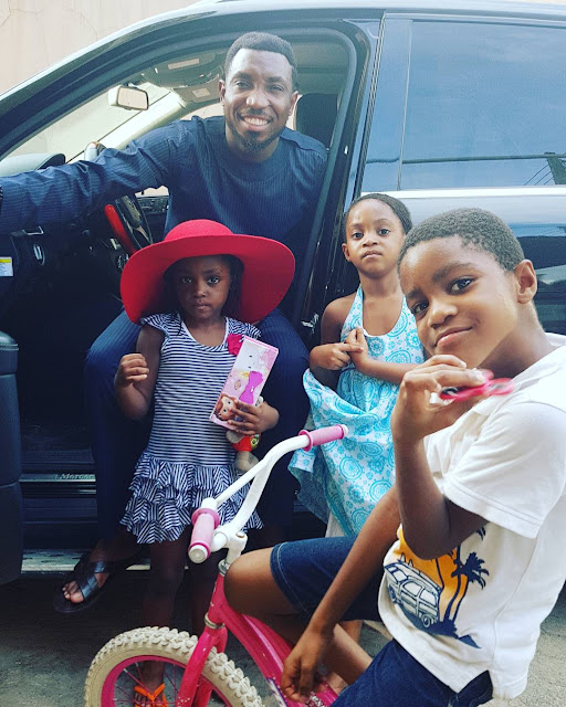 Timi Dakolo and his children