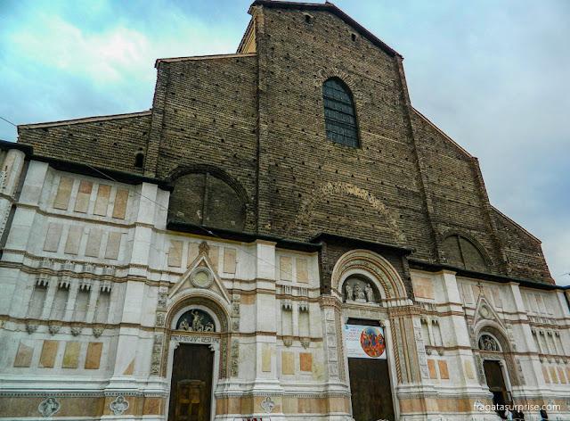 Bolonha, Itália - Basílica de São Petrônio