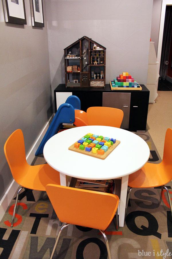 Basement family room play corner