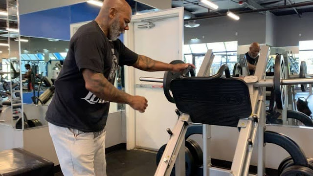 Flex Wheeler Cardio and Leg Press