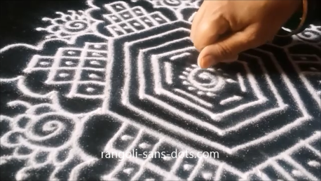 kolam-with-straaight-lines-1as.png