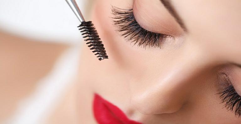 Como Montar a Maleta de Maquiagem Perfeita