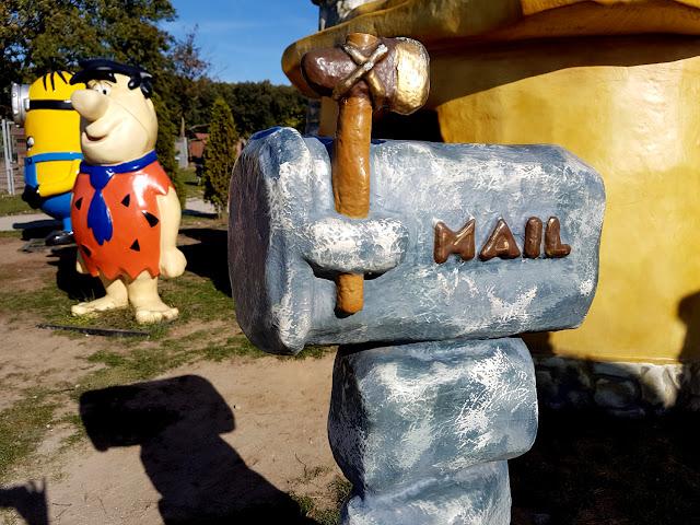 Deli Park Rosnówko Trzebaw - Poznań - atrakcje dla dzieci w Wielkopolsce - rodzinny park rozrywki - Hotel Delicjusz - podróże z dzieckiem - Festiwal Dyni - Karol Okrasa - park miniatur - park owadów  - mini zoo - park linowy