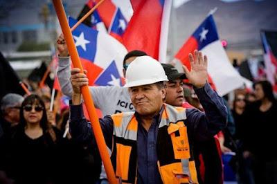 Trabajadores de Chuquicamata siguen en huelga: Rechazaron última oferta de Codelco