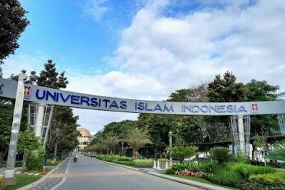 Universitas Islam Indonesia – Daftar Fakultas dan Program Studi