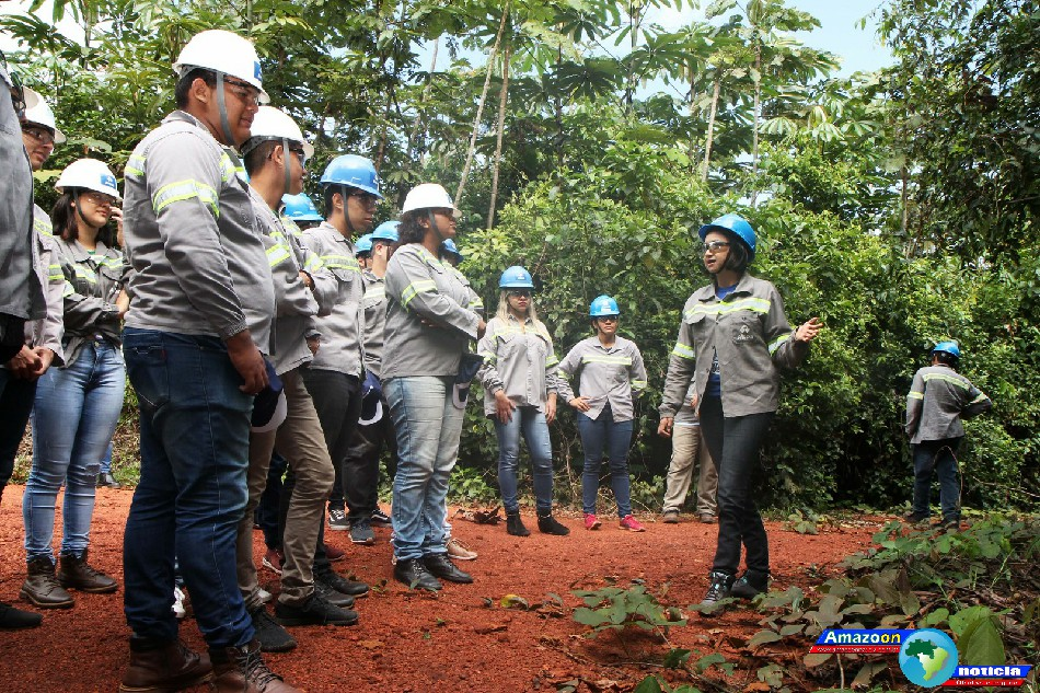 Alunos do IFPA de Óbidos têm aula de campo sobre reabilitação de mina em Juruti