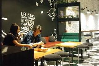 Lowongan Kerja Karyawati Cafe N Resto Nugget Perintis
