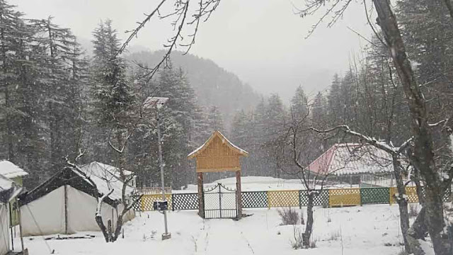 Darjeeling's Tiger Hill received seasons first snowfall