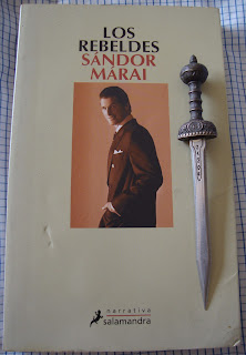 Portada del libro Los rebeldes, de Sándor Márai