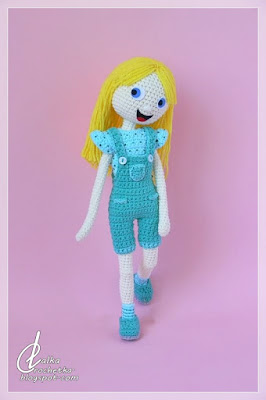 http://lalkacrochetka.blogspot.com/2020/01/vicky-and-patti-dolls-explore-world.html