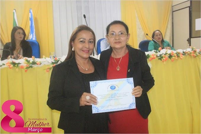 Câmara Municipal de Chapadinha homenageia mulheres em 8 de março.