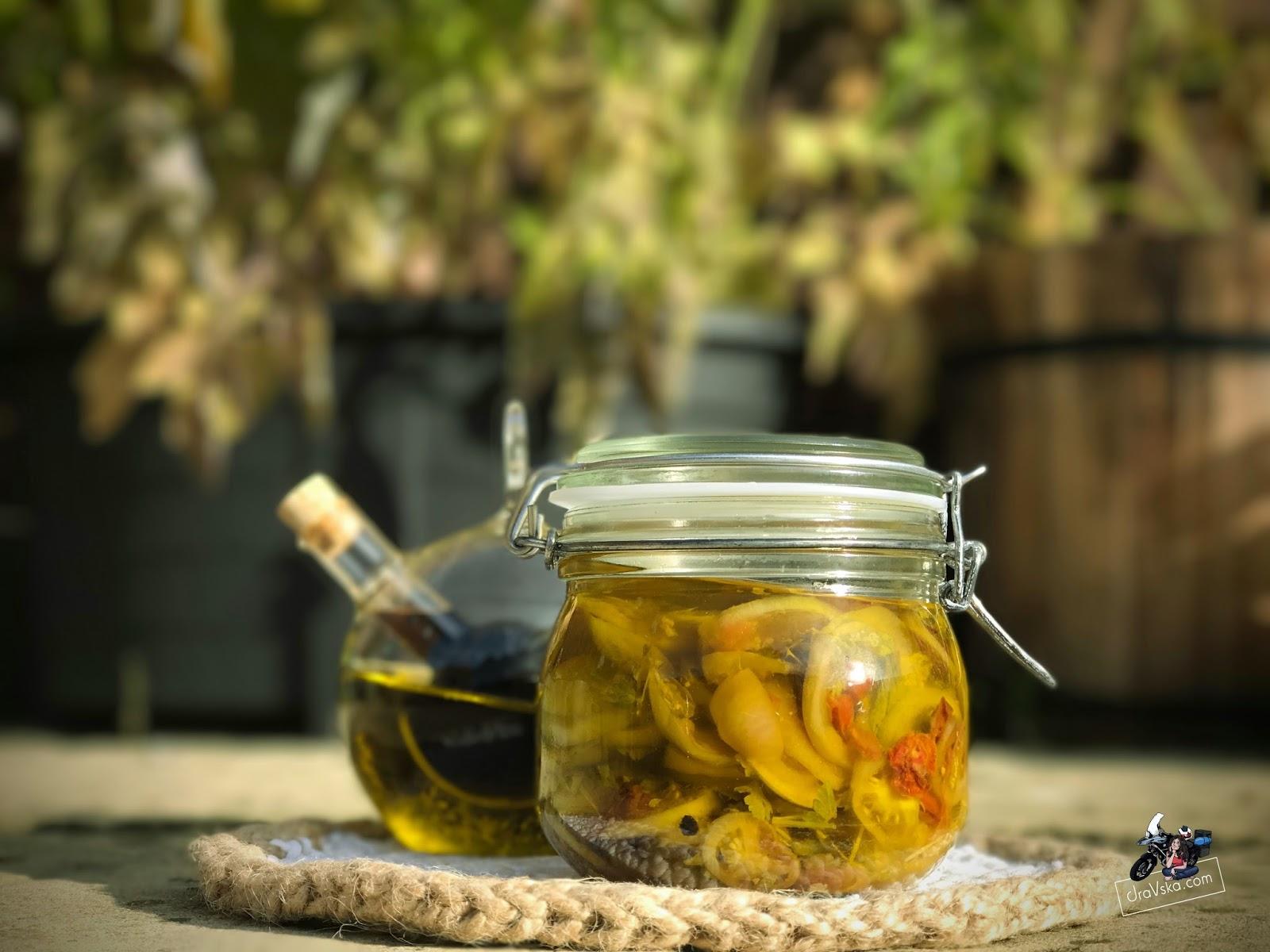 Włoska sałatka z Zielonych pomidorów w oliwie - pyszna!
