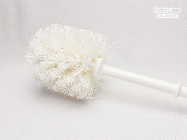 Как чистить унитазный ершик?