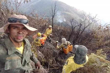 https://ocampeaonoticias.blogspot.com/2019/09/brigadistas-controlam-incendio-no.html