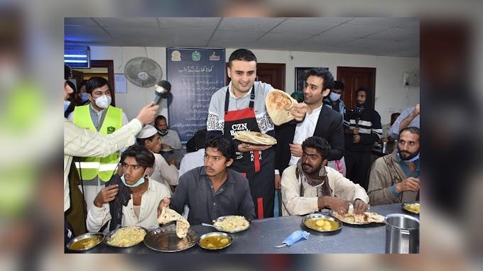 ترکی کے معروف شیف اور انٹرنیٹ سٹار براک اوزدمیر پاکستان میں