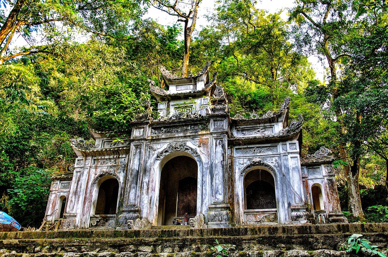 Image result for Đền Cô Tiên sầm sơn