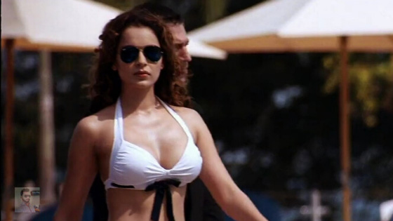 kangana ranaut cleavage in bikini