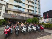 Band Lokal Pontianak Keliling Kota dan NgebubuRide Bareng PCX160
