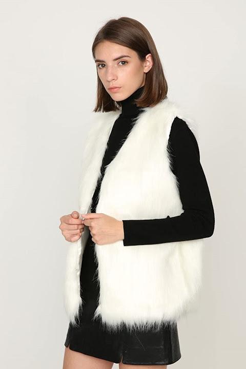 Cute White Faux Fur Vests For Women