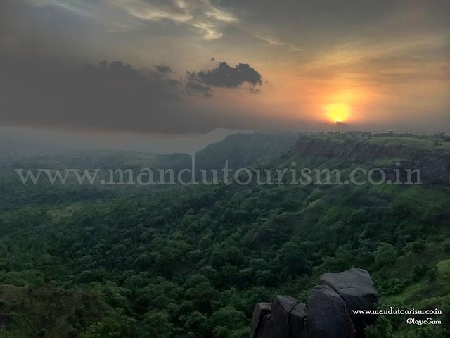 Information about sun set point mandu