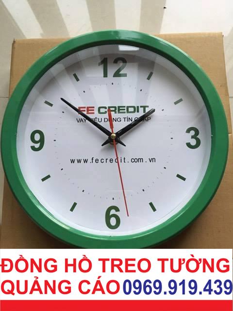 dong-ho-treo-tuong-tron-30cm-cho-cong-ty-tai-chinh-fe-credit