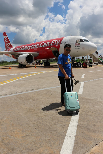 Now Everyone can fly with Air Asia