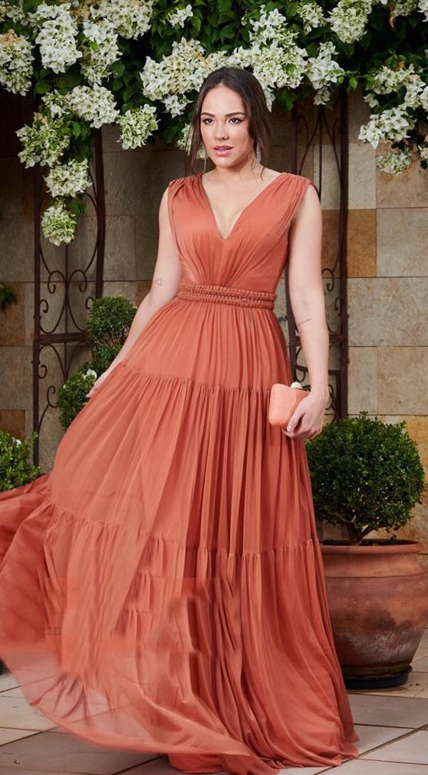 vestido longo terracota para madrinha de casamento