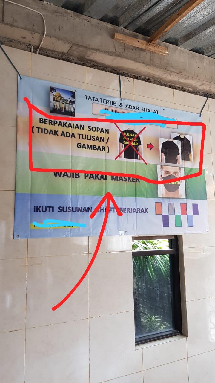 larangan menggunakan baju bertulis-tulisan ke Masjid