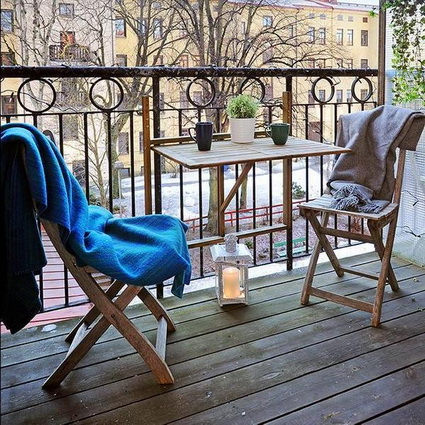 Tips For Decorating Small Balconies On a Budget 1