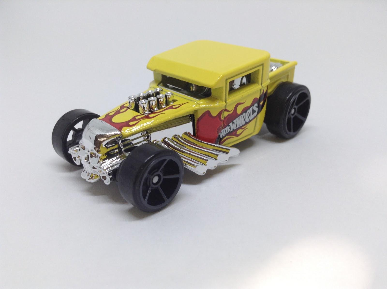 Yellow MATTEL Hot Wheels 2017 HW Daredevils Forza Motorsport Bone Shaker 306//365