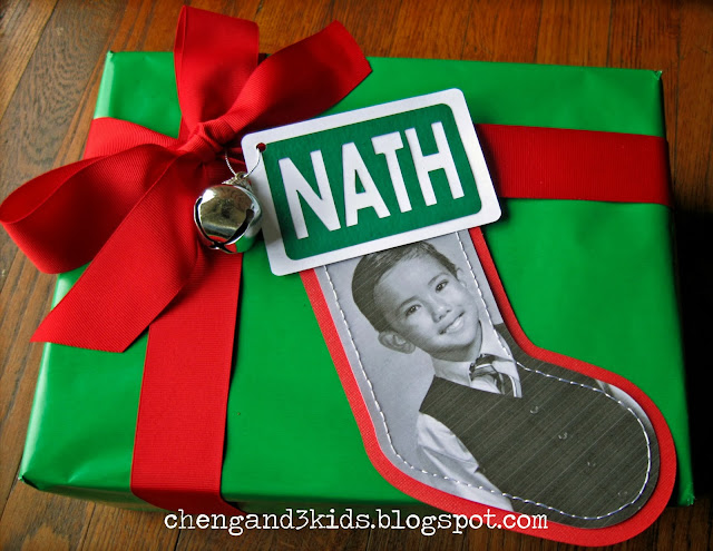 Christmas Stocking Gift Tag by Cheng and 3 Kids