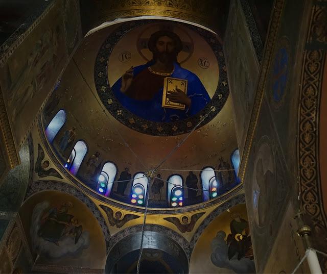Στις κατακόμβες της Ρώσικης Εκκλησίας