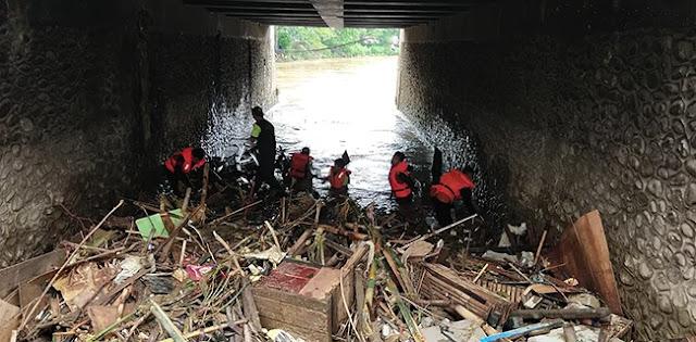 Warga Jakarta: Kasihan Sama Pak Anies