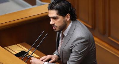 Депутат Лерос обвинил в коррупции Зеленского и его окружение