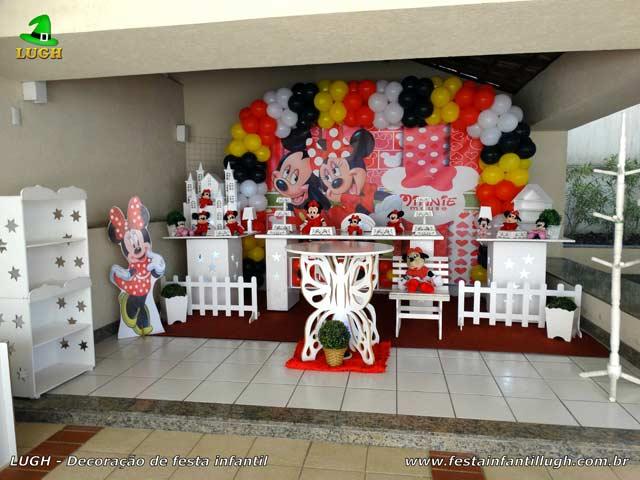 Decoração mesa de aniversário provençal tema Minnie Mouse para festa infantil feminina