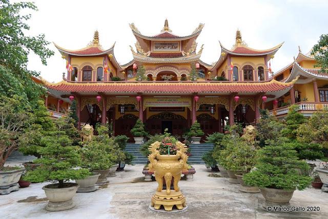 TEMPLO BUDISTA TINH XÁ NGOC CAM  Hoi An, Vietnam