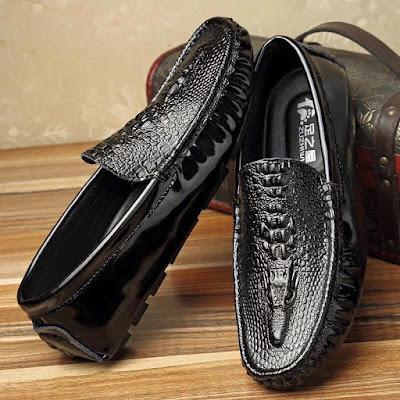 Chọn giày nam theo cung Bọ Cạp