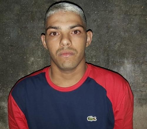 Após assalto a uma Pizzaria, um dos assaltantes é morto em confronto com a Polícia Militar em Mossoró, RN