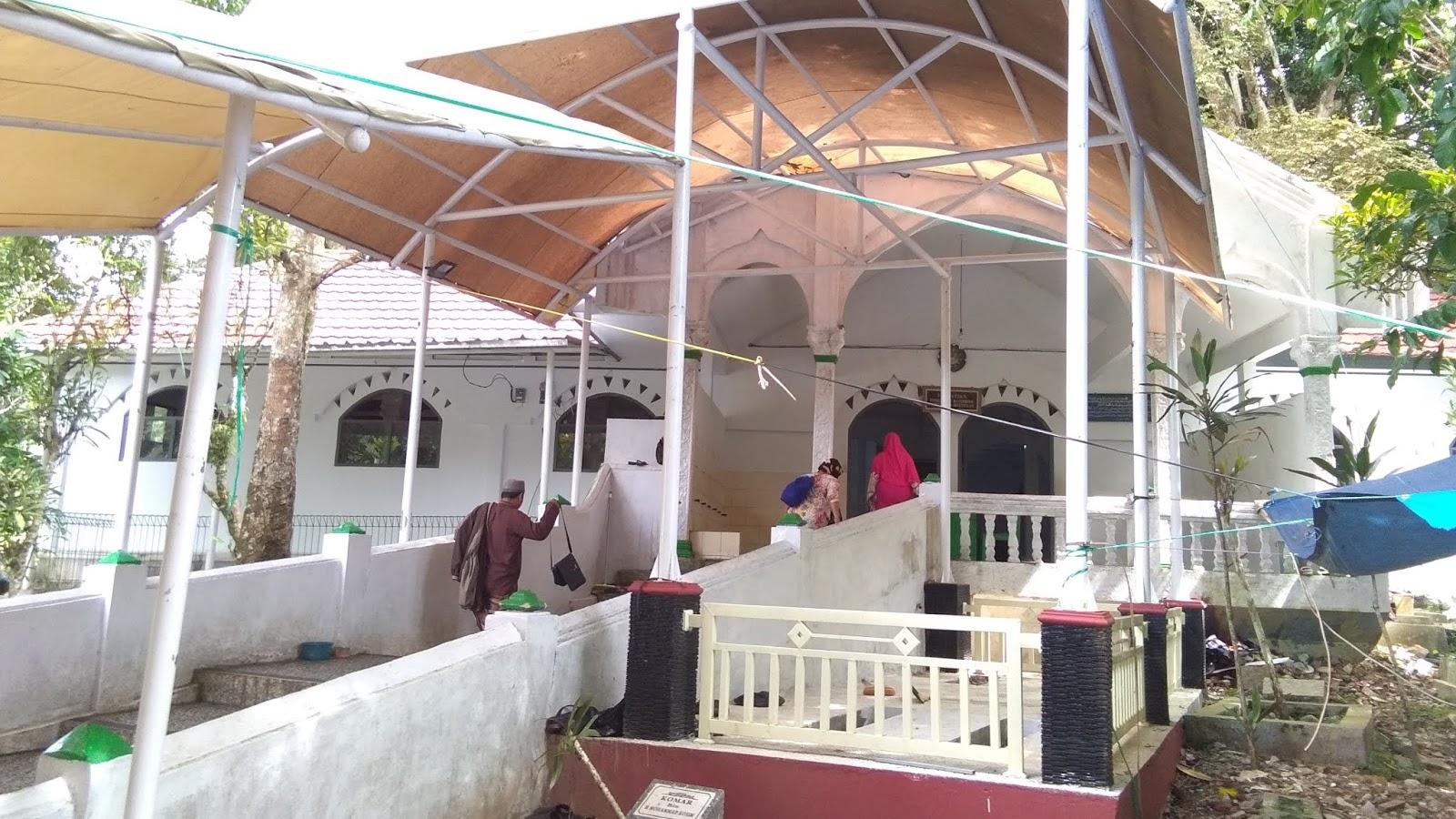 Objek Wisata Ziarah Pamijahan, Tasikmalaya Jawa Barat