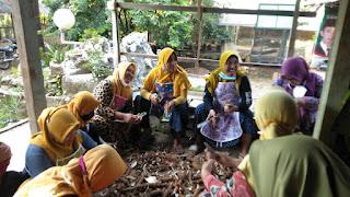Pimpinan Daerah Aisyiyah PDA Jepara Adakan Pelatihan Pembuatan Kue Dari Bahan Tepung Mocaf