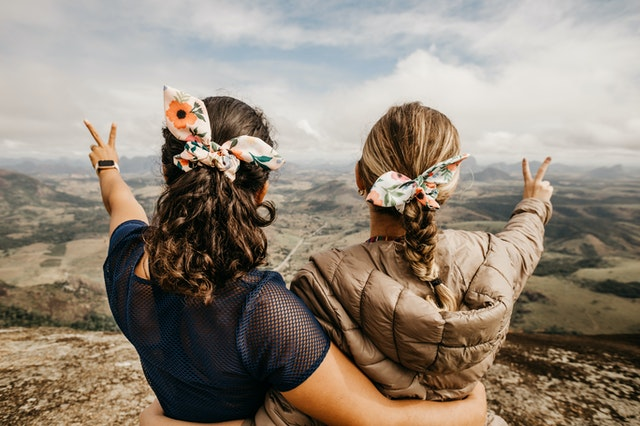 दो सहेलियों की दोस्ती हिंदी में | Friendship of two friends in hindi