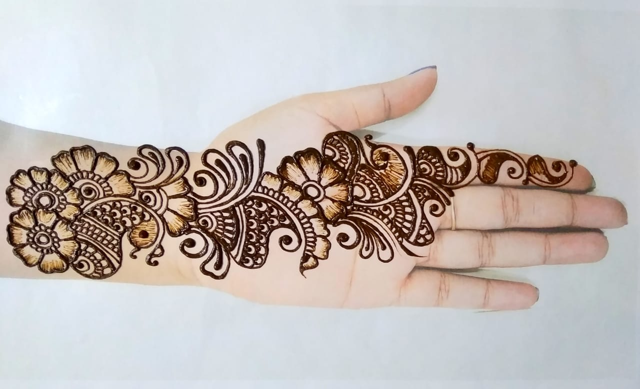 Latest Best Simple Mehndi Design Pictures
