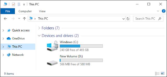 تظهر طريقة عرض الكمبيوتر الشخصي هذه محركات الأقراص C: و D: على نظام التشغيل Windows 10